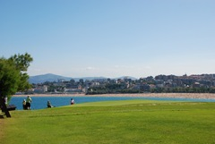 golf-course-by-beach-seaside