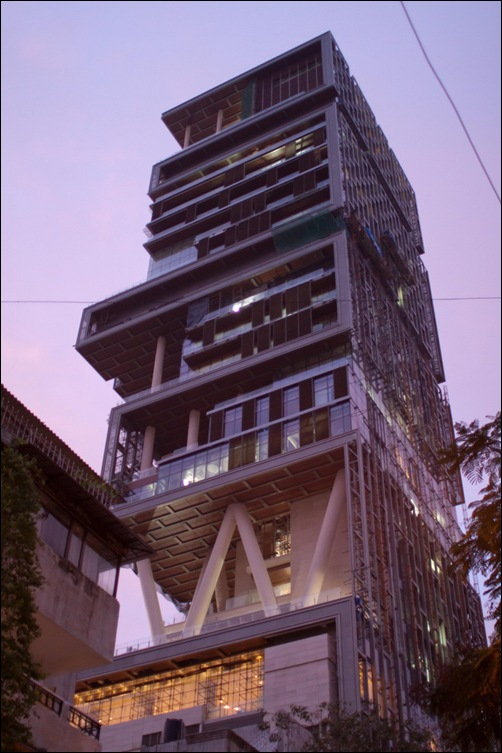 antilla-mumbai-june-2010-completed-photo