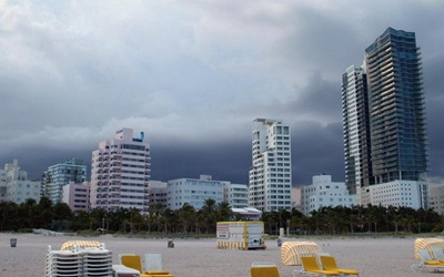 beach condos in miami florida